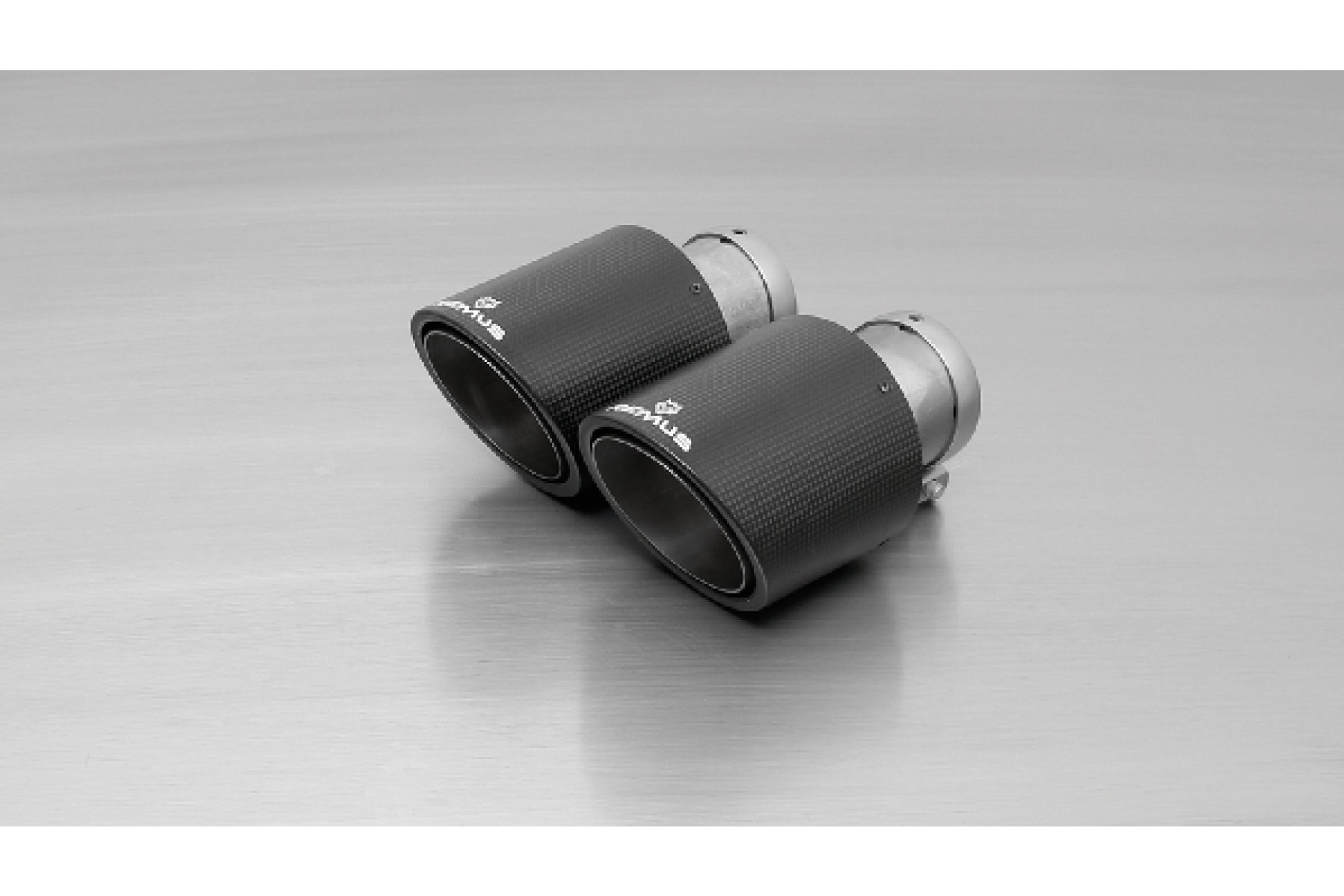Remus 0046 70CS Endrohr-Set 4x Ø 102 mm Carbon/Titan, schräg